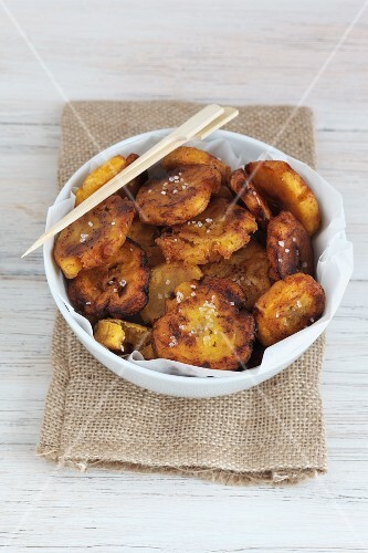 Fried plantain slices with sea salt