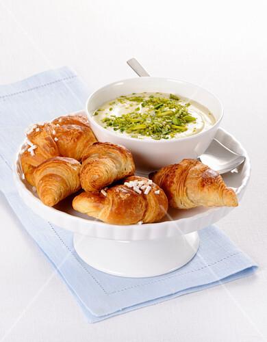 Mini croissants and pistachio nut cream