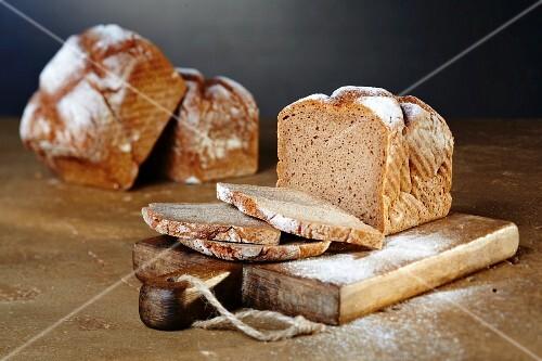 Wholemeal rye bread, sliced