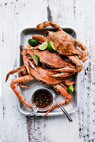 Grilled crabs with a chilli and garlic dip (Thailand)