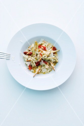 Risotto with artichokes and tomatoes