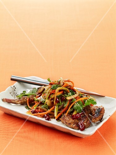 Stir-fried lamb with vegetables and cumin (Asia)