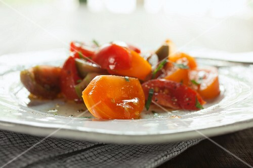 Red and yellow tomato salad