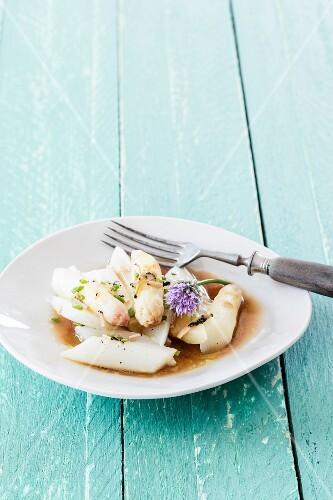Asparagus salad with truffles
