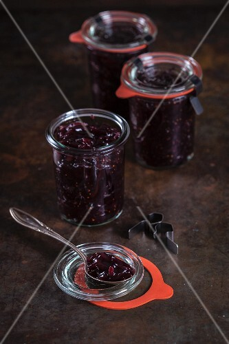 Jars of chutney with red onions and figs
