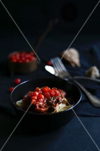 Spaghetti with roasted mini cherry tomatoes