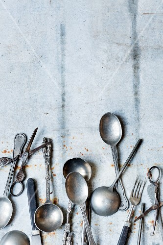 Vintage silver cutlery and pairs of scissors
