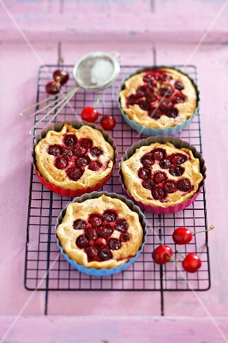 Tatrlets with almond cream and cherries
