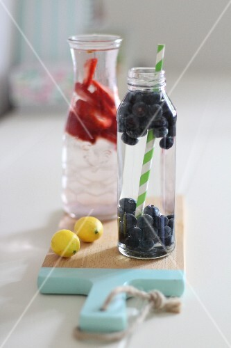 Infused water: water flavoured with fresh berries