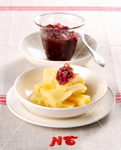 Greyerzer cheese with onion compote