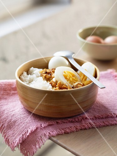 Indian eggs with rice