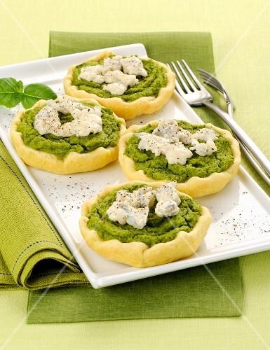 Broccoli and Gorgonzola tartlets