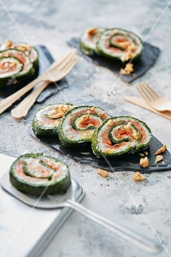 Spinach and salmon roulade with walnuts