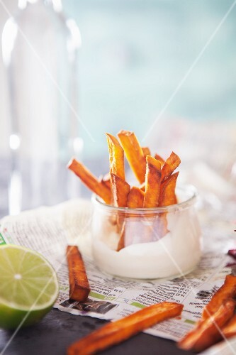 Sweet potato chips with lime mayonnaise