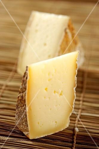Toma d'alpeggio di Triora (cheese from Liguria, Italy)