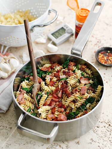 Fusilli with bacon, chilli and sage