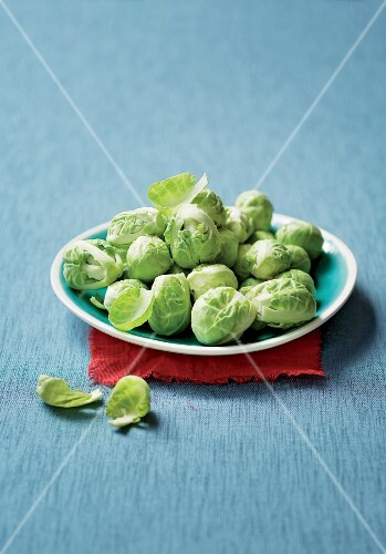 A plate of fresh brussels sprouts