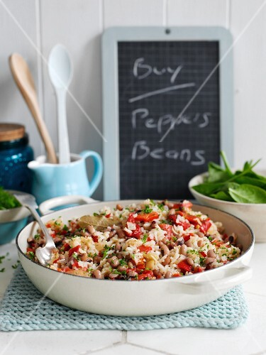 Bean rice with spicy red peppers