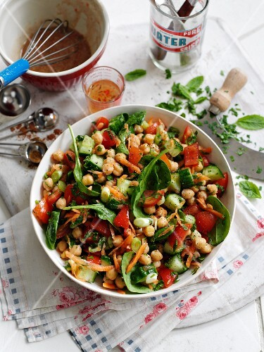 Chickpea salad from the Middle East