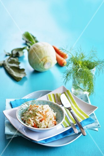 Kohlrabi salad with carrots and fresh dill