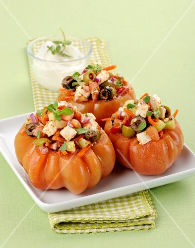 Beefsteak tomatoes filled with mozzarella salad