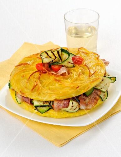 Frittata di spaghetti ripiena (stuffed spaghetti omelette, Italy)