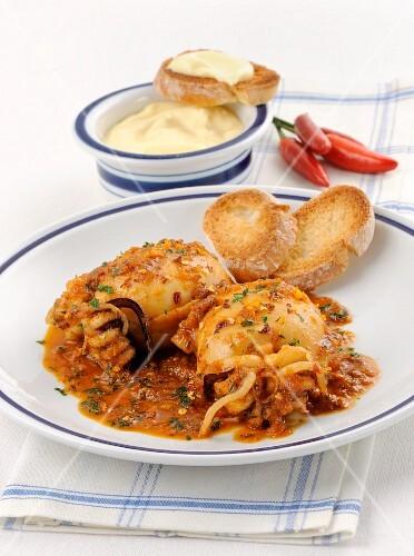 Seppie stufate (braised squid, Italy)
