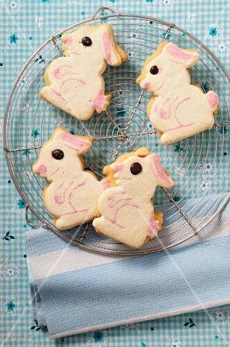 Easter bunny biscuits on a wire rack