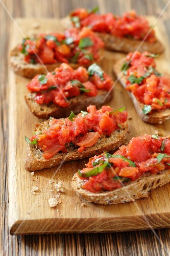 Bruschetta with tomato and basil