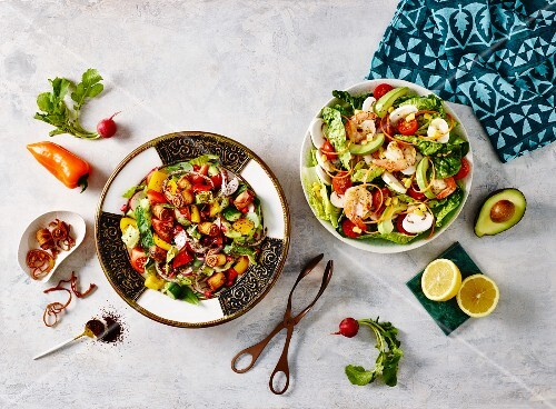 Middle Eastern salads: fatoush with prawns and avocado
