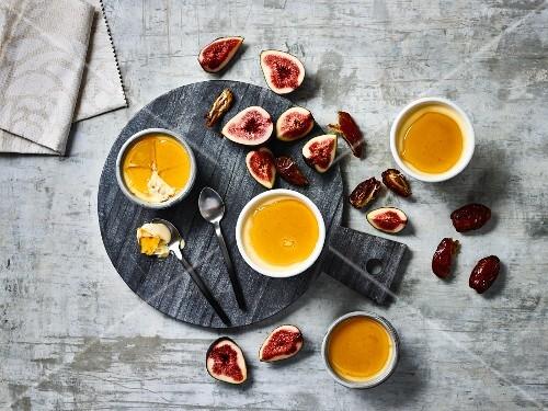 Crème brûlée with salted caramel, debates and figs