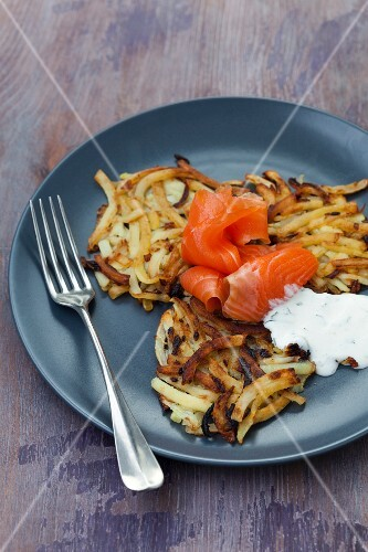 Potato cakes with smoked trout and crème fraîche