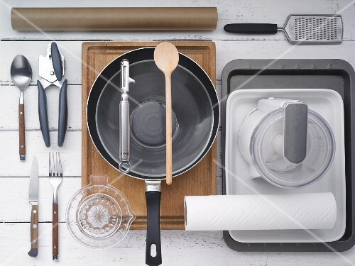 Kitchen utensils for preparing poultry