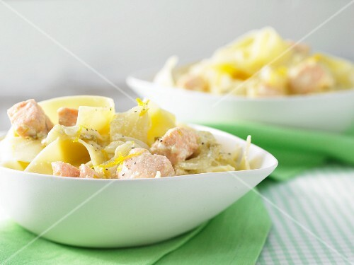Tagliatelle with a chicory and salmon sauce
