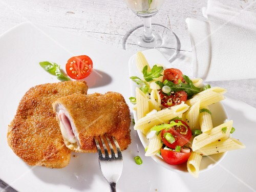 Cordon bleu and pasta salad