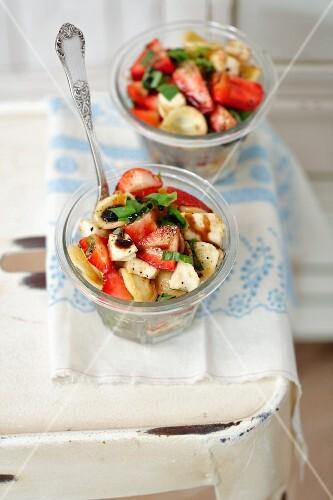 Orecchiette salad with strawberries, mozzarella and basil