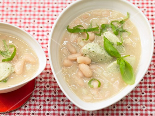 White bean soup with quark and herb dumplings