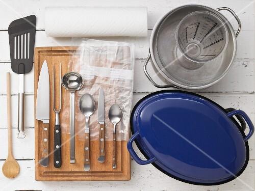 Kitchen utensils for braising
