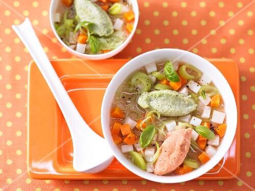 Vegetable soup with a duo of semolina dumplings