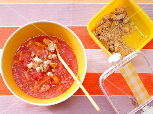 Cold fruit soup with crunchy bits