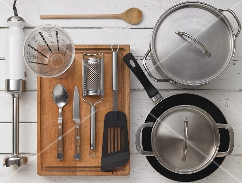 Kitchen utensils for preparing vegetables