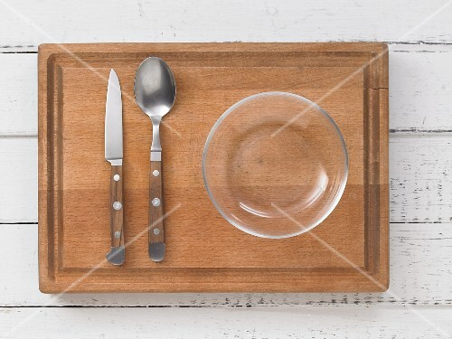 Kitchen utensils for making open sandwiches