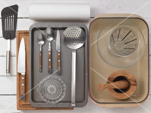 Kitchen utensils for preparing chicken
