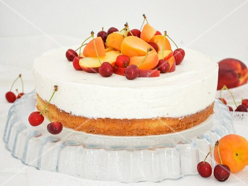 Yoghurt cake with apricots and cherries