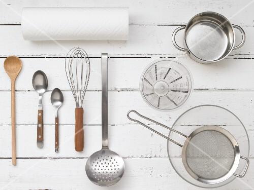 Kitchen utensils for preparing desserts