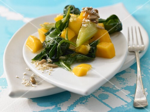 Spinach and mango