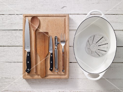 Kitchen utensils for preparing rabbit