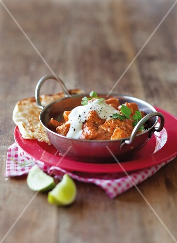 Indian butter chicken with yoghurt