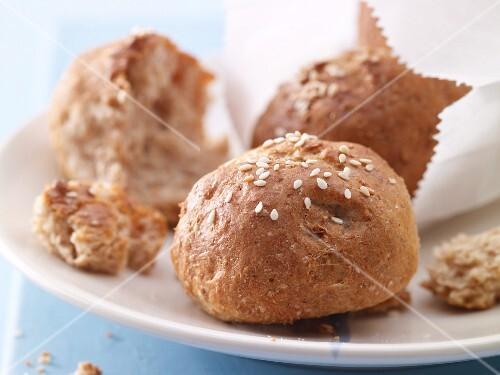 Sesame seed and quark rolls