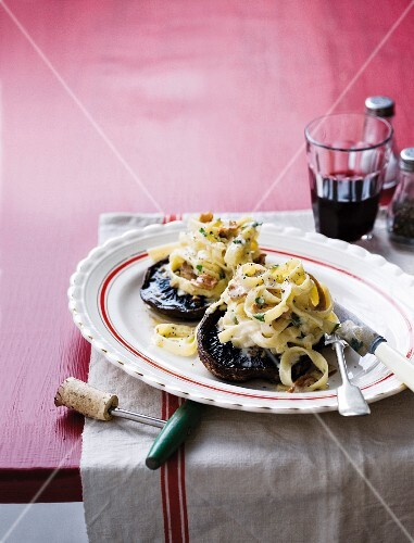 Portobello mushrooms with tagliatelle